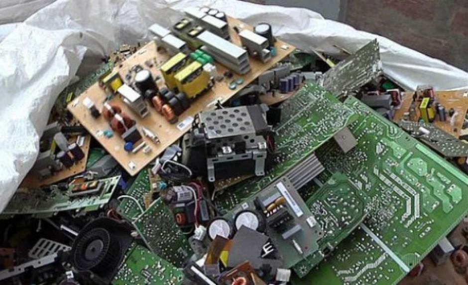 Pubblicata una guida per imparare a smaltire i rifiuti elettronici