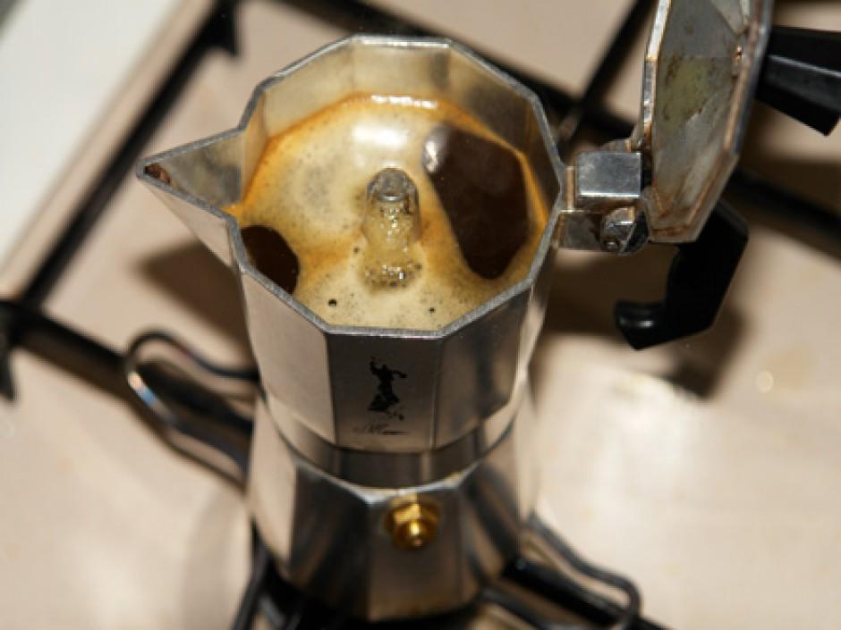 Gli italiani preferiscono le capsule di caffè alla vecchia moka