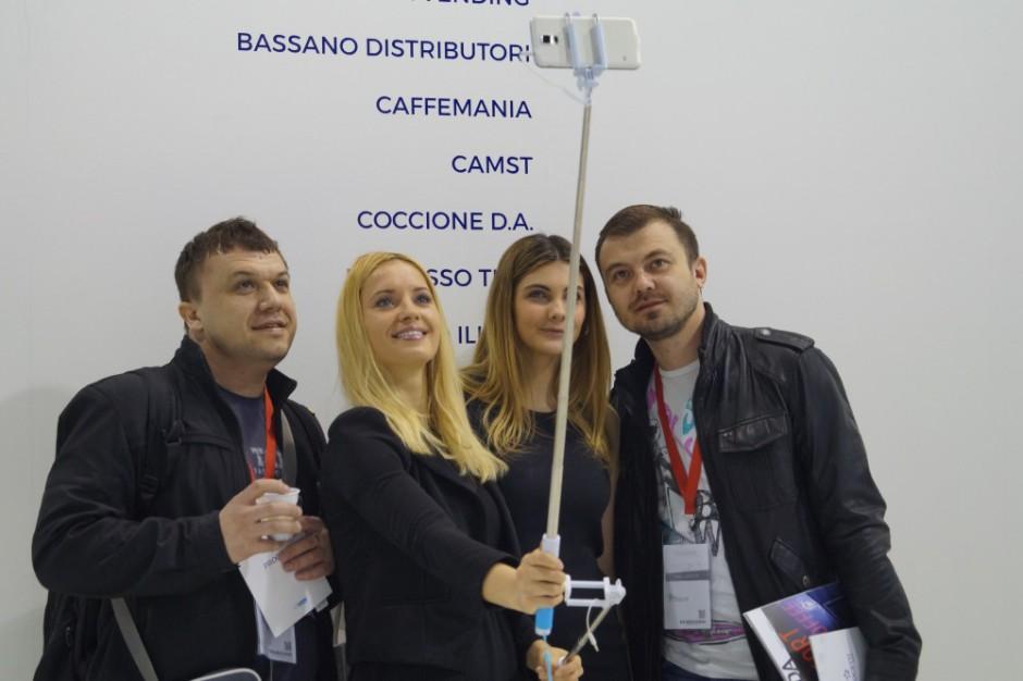 Community Coven - Vinci la tua asta selfie!